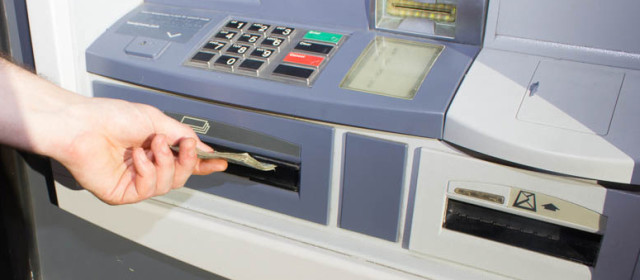 The locations of ATMs and branches is one of the things to look for when shopping for a bank. Here's how to choose a bank, according to the experts.